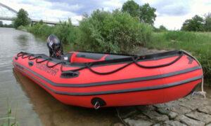 Schlauchboot der Freiwilligen Feuerwehr Hausen